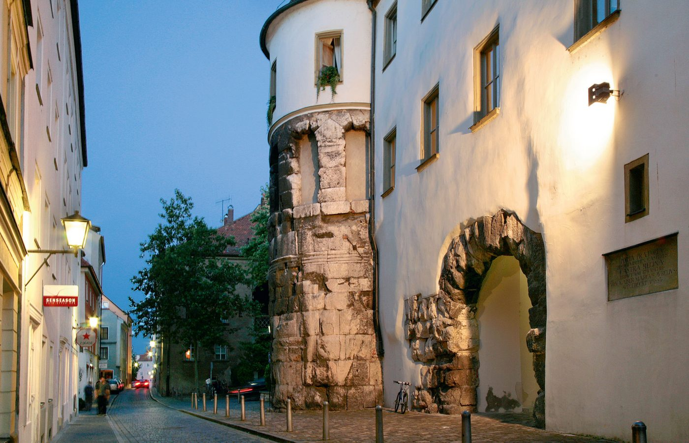 hotel_bad_abbach_ausflugsziel_regensburg_porta_praetoria